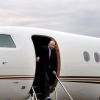 Pugachev was the first businessman in Russia who had a private plane / Pougatchev a été le premier homme d'affaires en Russie qui avait un avion privé / Пугачев был первым бизнесменом в России имевшим личный самолет